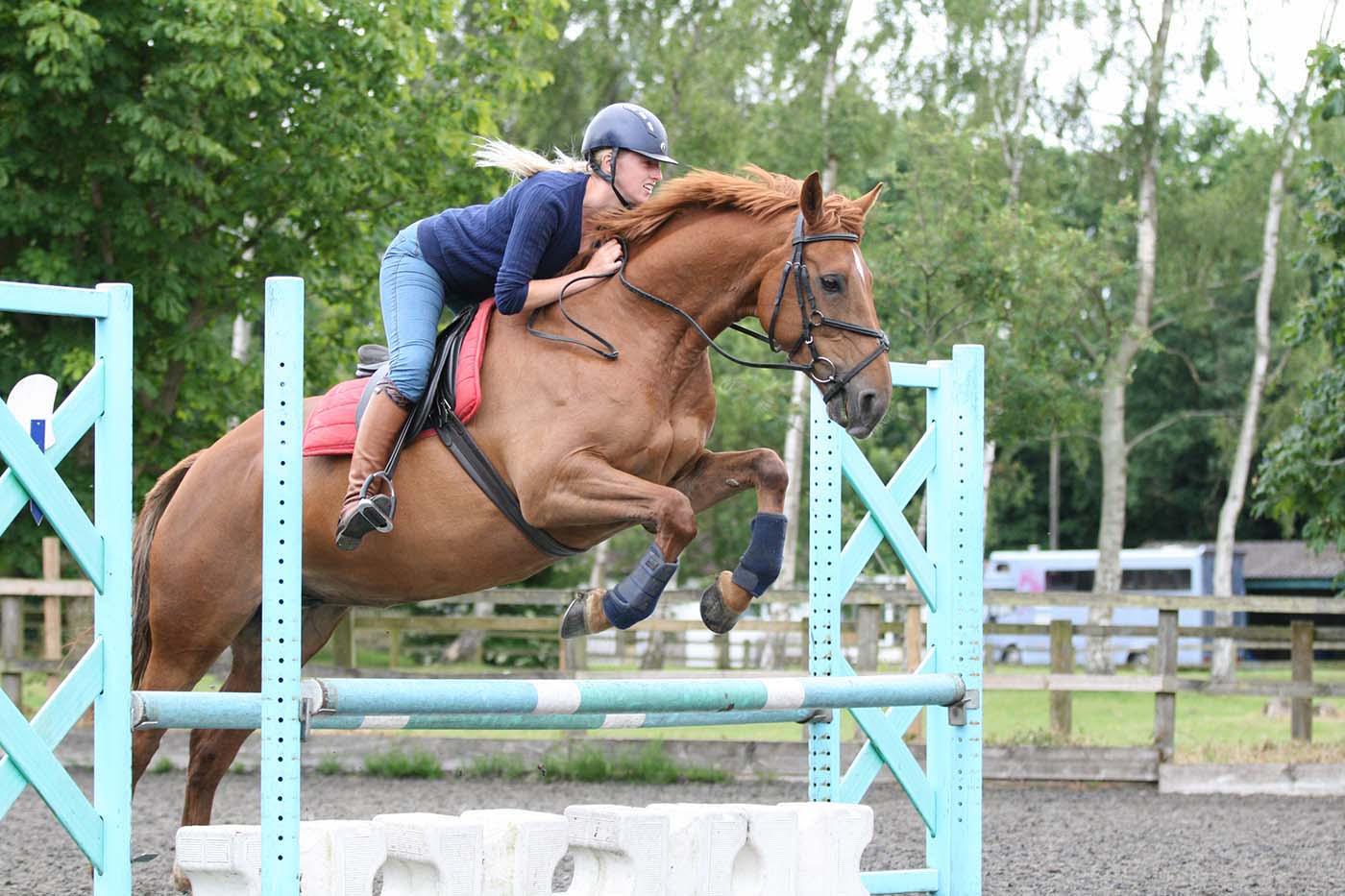 Olivia and Deena – Emma Lowe Horse Photography